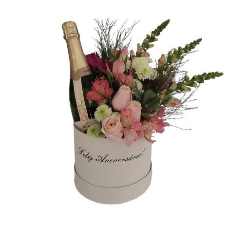 Box Feliz Aniversário - Flores e Chandon Brut