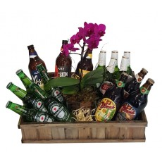 Cesta Mundo de Cerveja e Orquídea